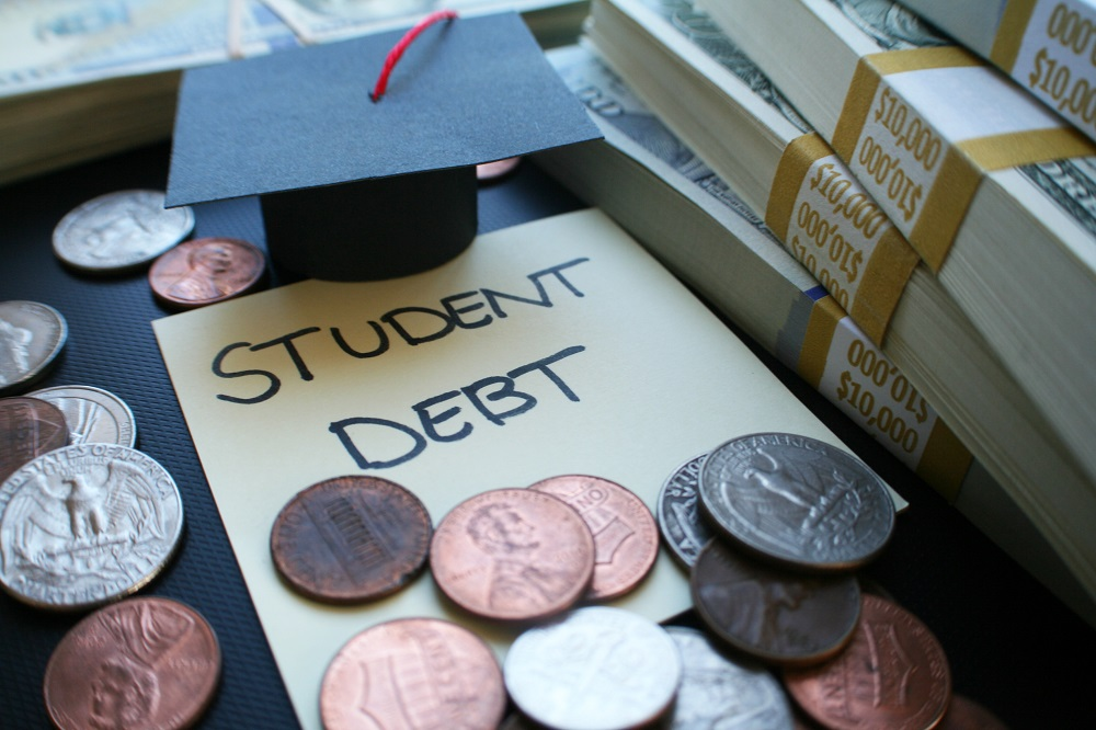 What-happens-if-you-never-pay-your-student-loans