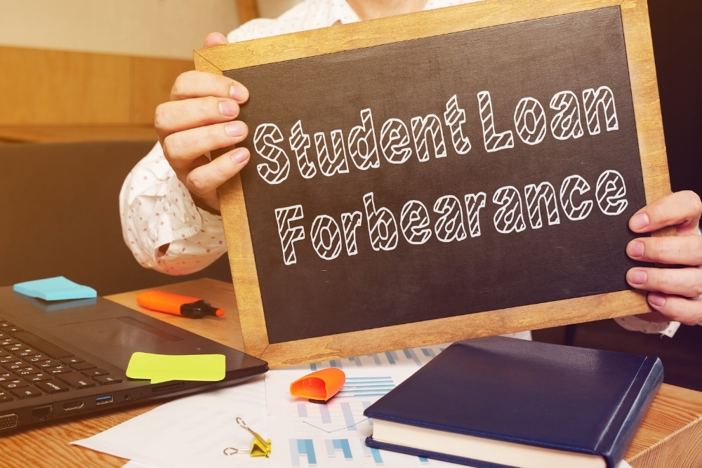 Does Putting Student Loans in Forbearance Hurt Your Credit?