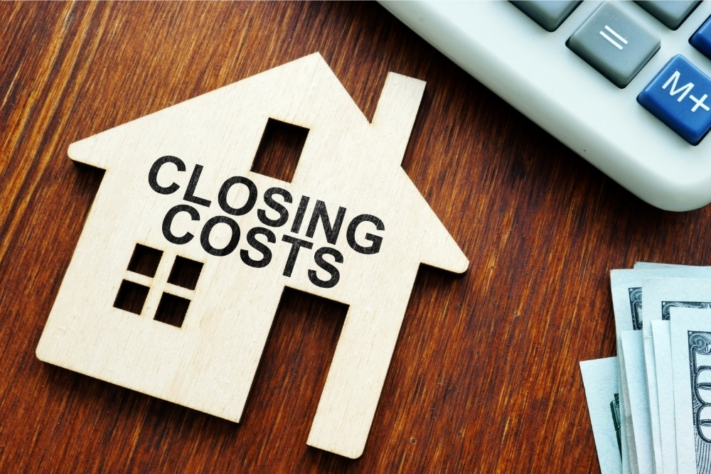 Should I Roll My Closing Costs into My Refinance?