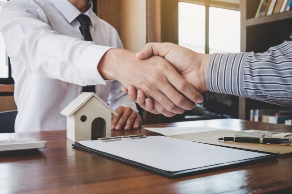 What Is The Difference Between A Mortgage Banker And A Mortgage Broker